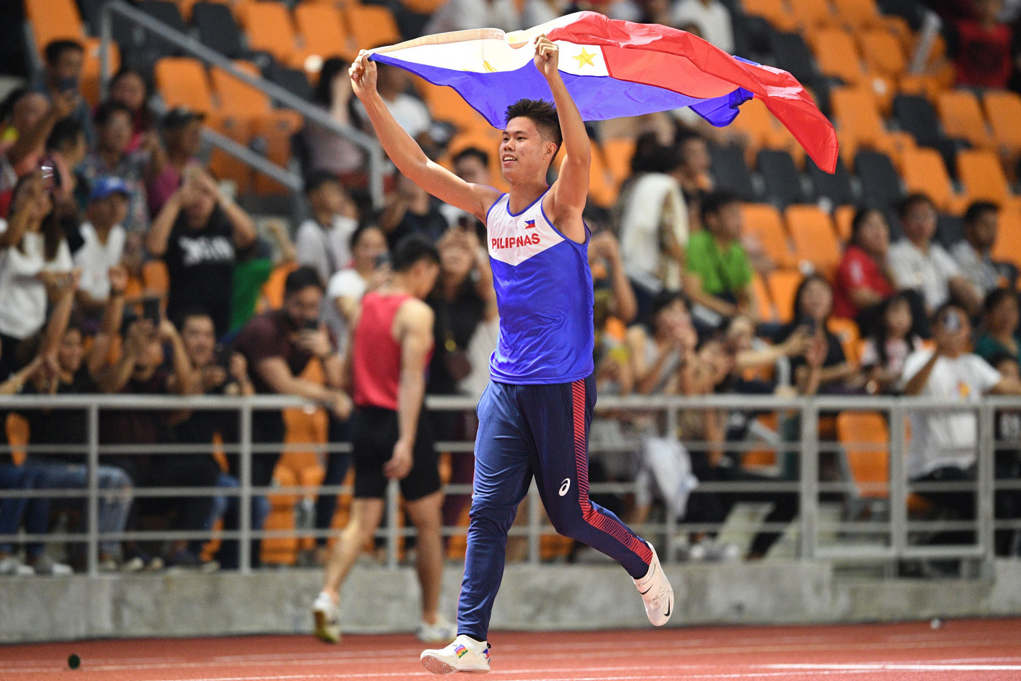 Asian pole vault champion Obiena returns to basics after Tokyo 2020 postponement