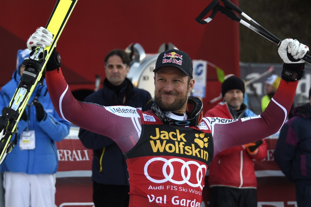 Safety airbag deployed for first time as Svindal wins again at FIS Alpine World Cup