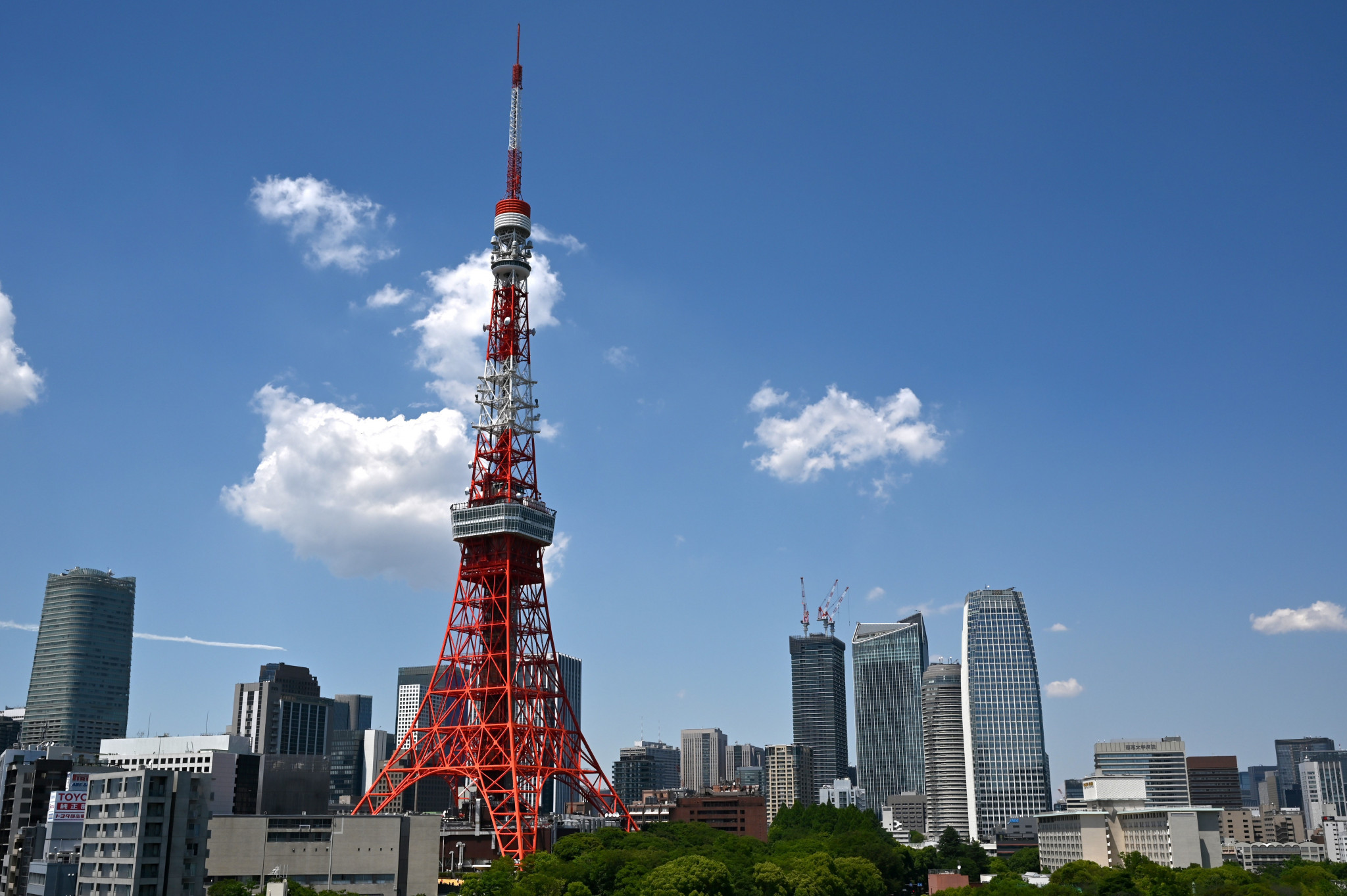 Tokyo Tower open again as restrictive measures in Japan ease