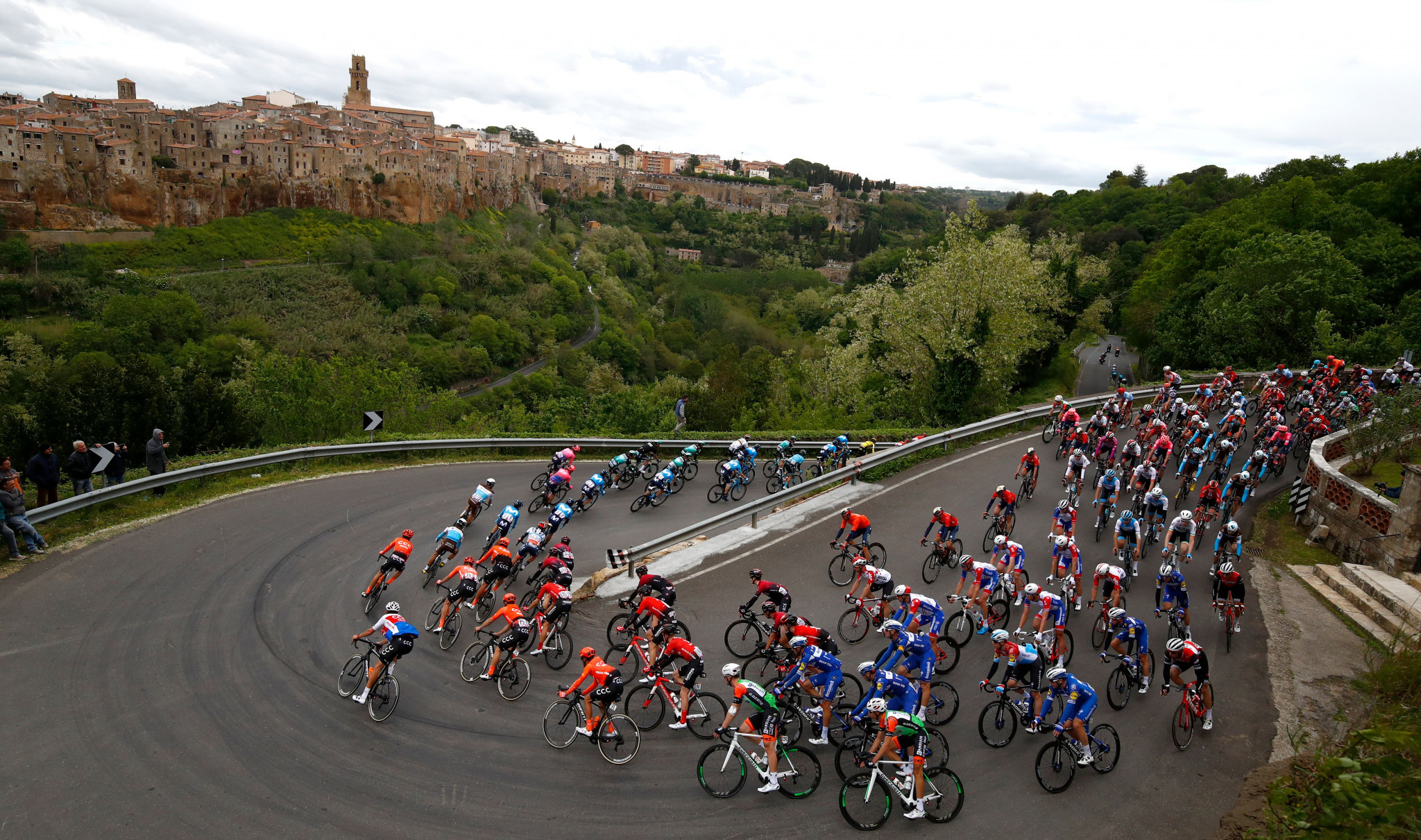Tuscany and Emilia-Romagna launch joint bid to host Tour de France Grand Depart