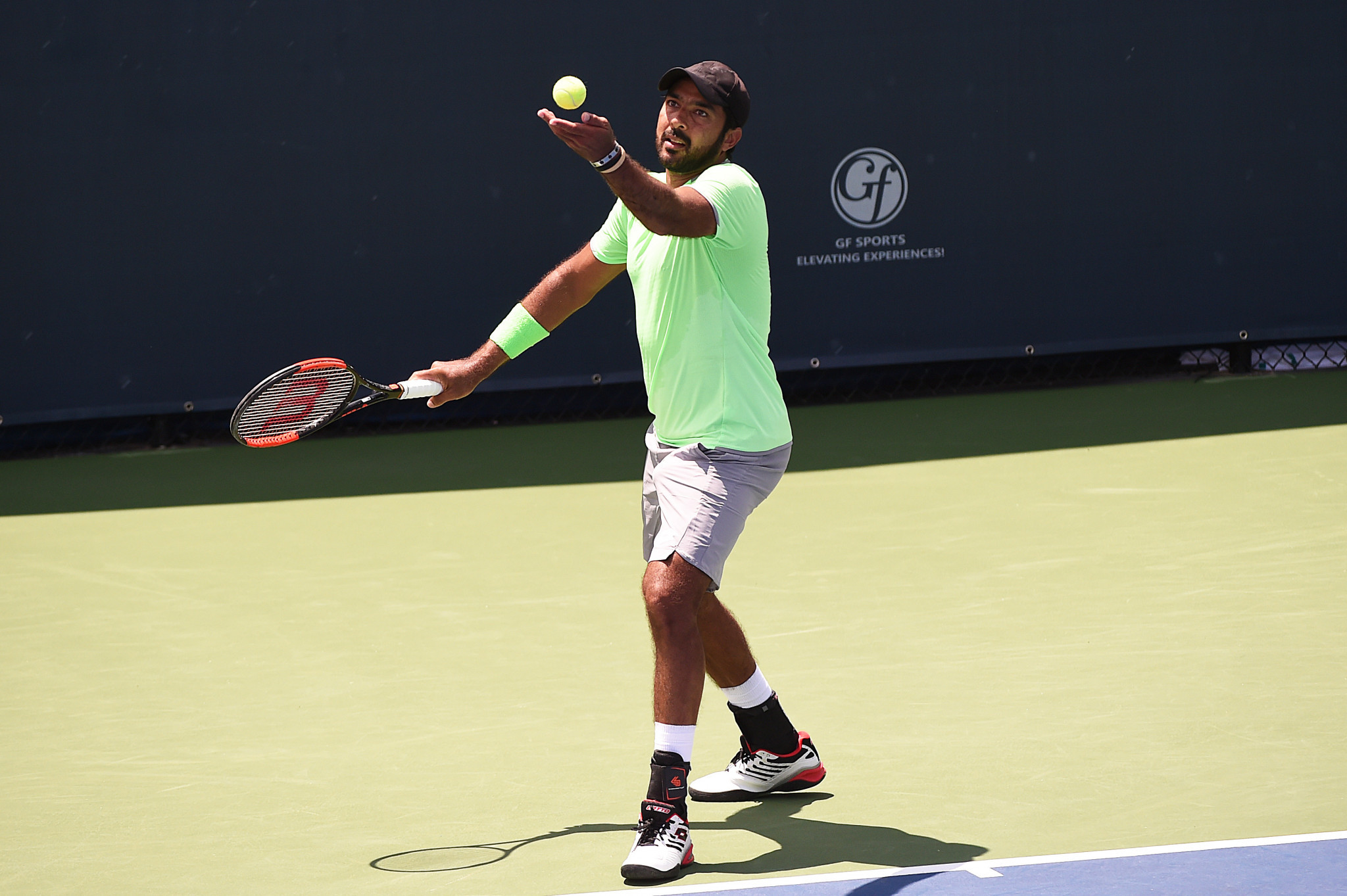 Aisam-ul-Haq Qureshi has raised money for those impacted by COVID-19 ©Getty Images