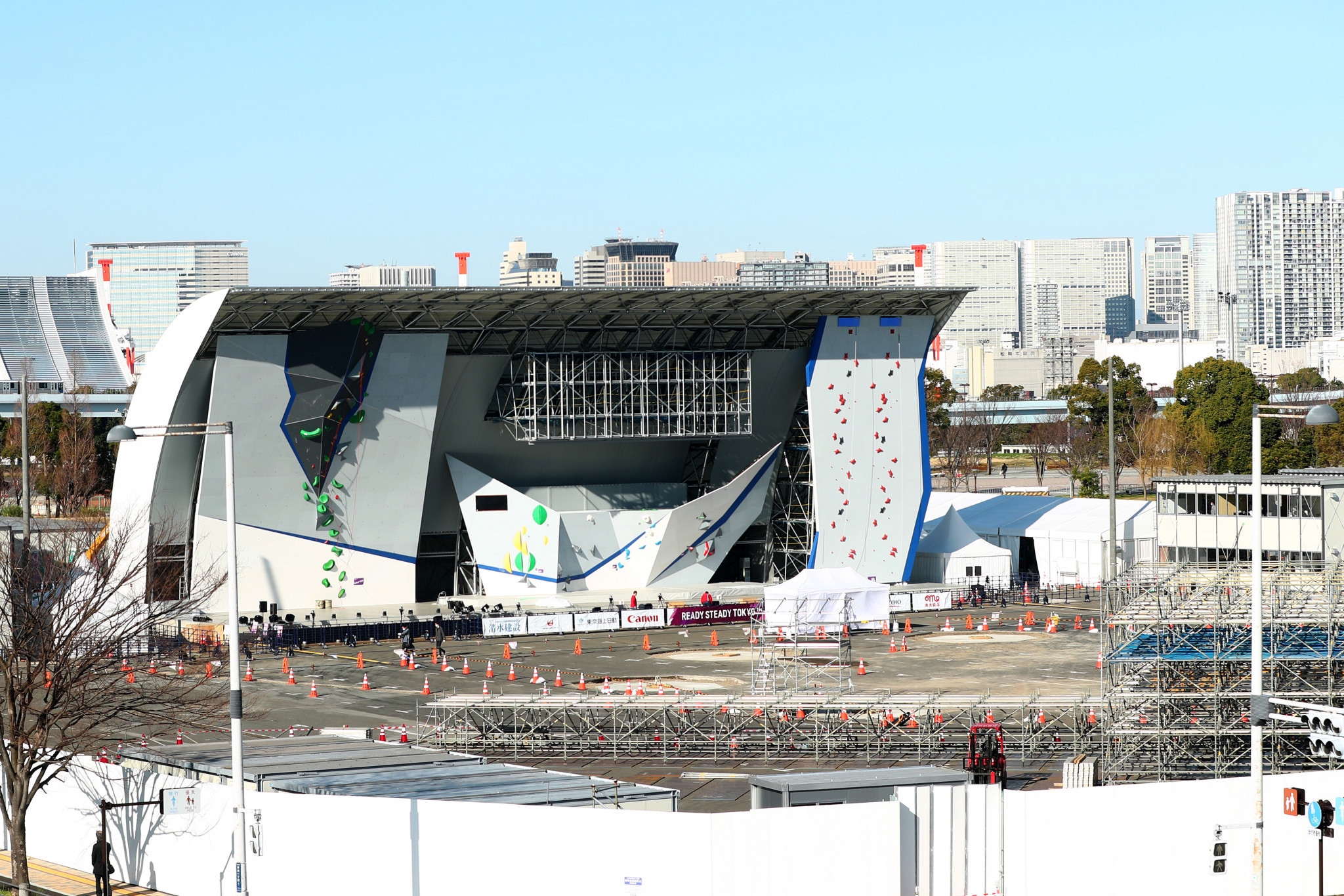 Tokyo 2020 take down temporary stands at Aomi Urban Sports Park