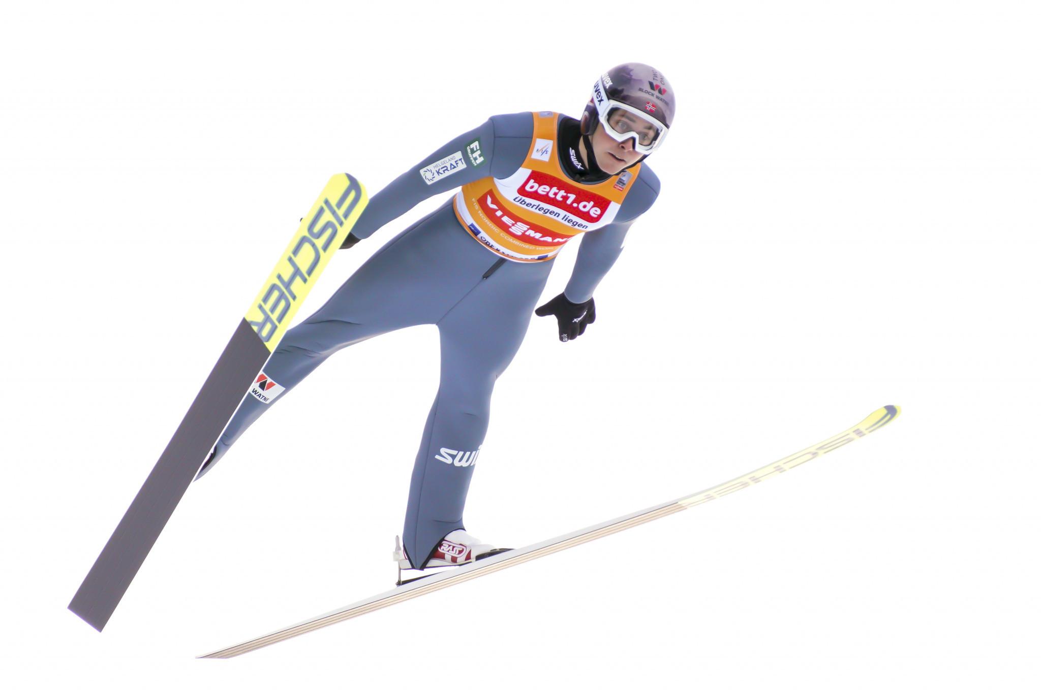 Jarl Magnus Riiber fell during ski jumping practice ©Getty Images
