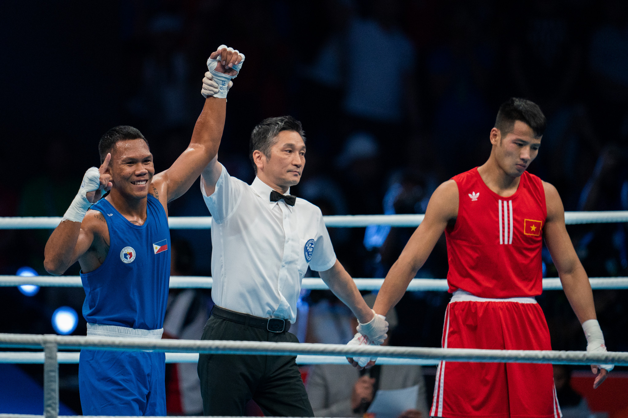 Filipino boxer Marcial to turn professional but still compete at Tokyo 2020