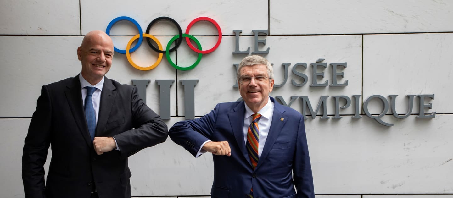 The Presidents of FIFA and the IOC Gianni Infantino and Thomas Bach met at the Olympic Museum today ©IOC