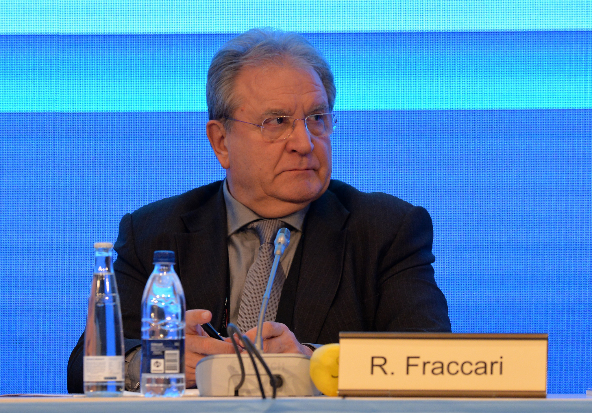 "Fraccari urges baseball and softball to ""come together to help refugees"""
