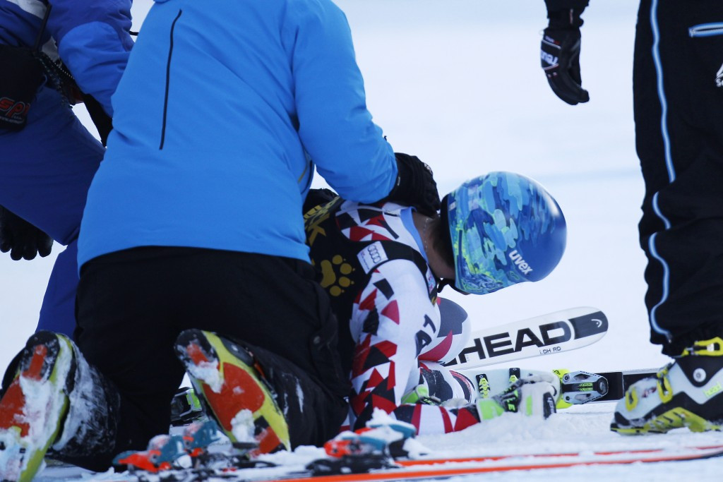 Matthias Mayer being treated following his crash ©Getty Images