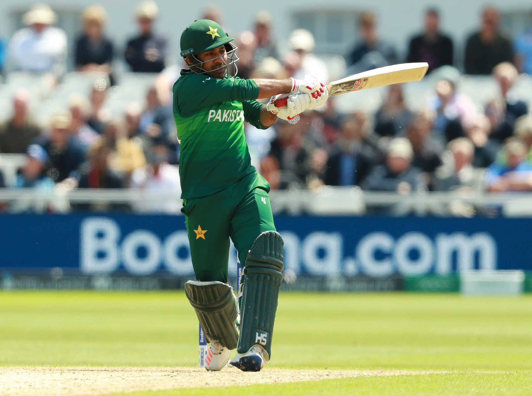 Sarfaraz Ahmed of Pakistan received a lenient punishment for making a racist remark ©Getty Images