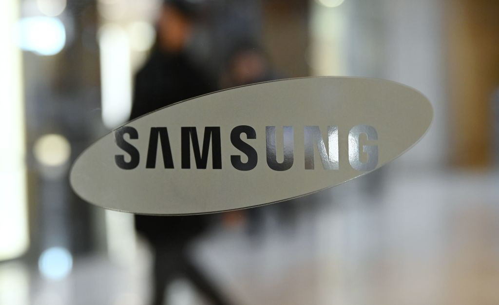 TOP sponsor Samsung projects better-than-expected profit