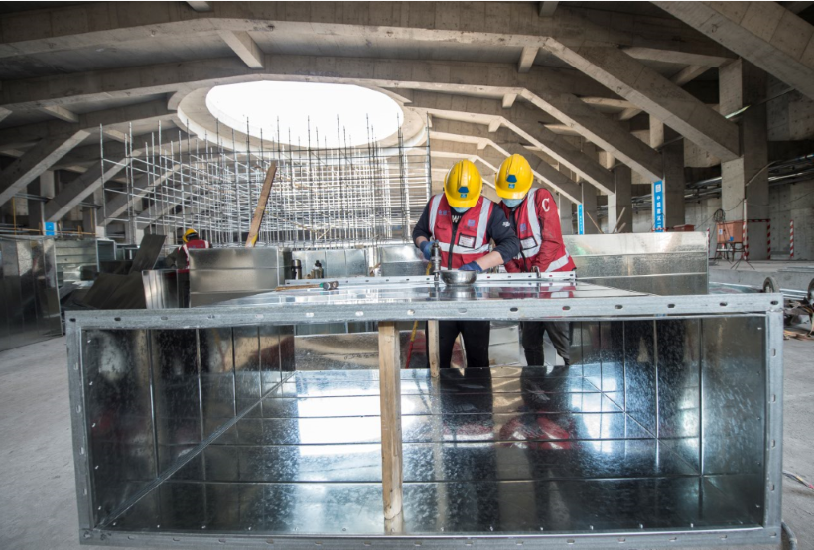Construction continues on the curling venue for Beijing 2022 ©Beijing 2022