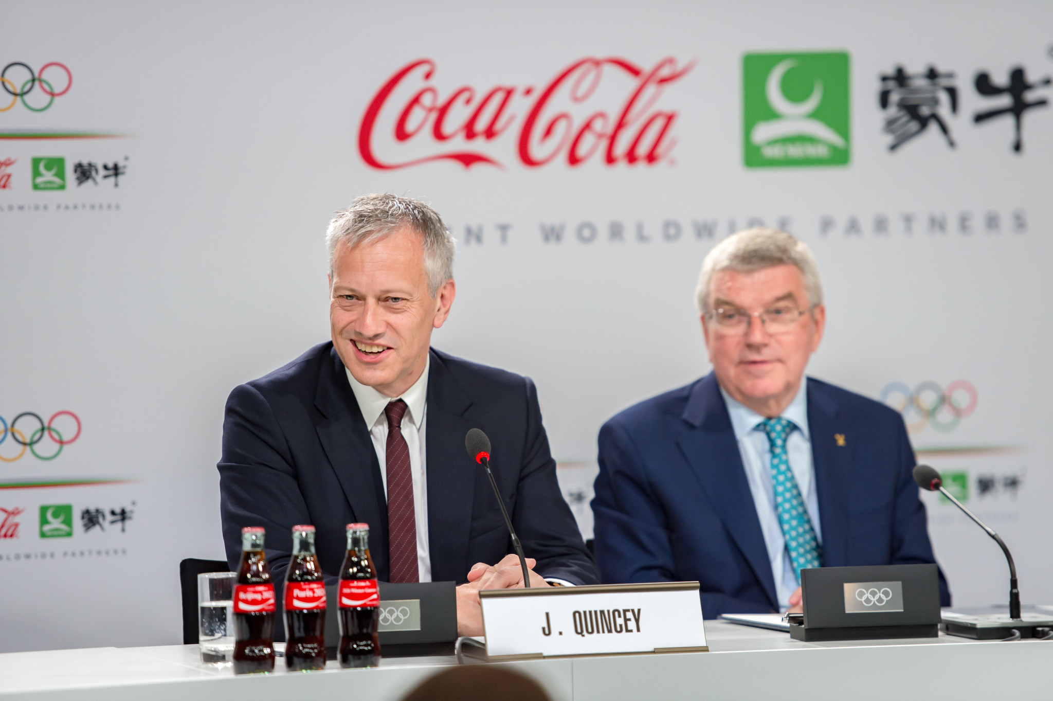 Coca-Cola chairman James Quincey, pictured with IOC President Thomas Bach ©Getty Images