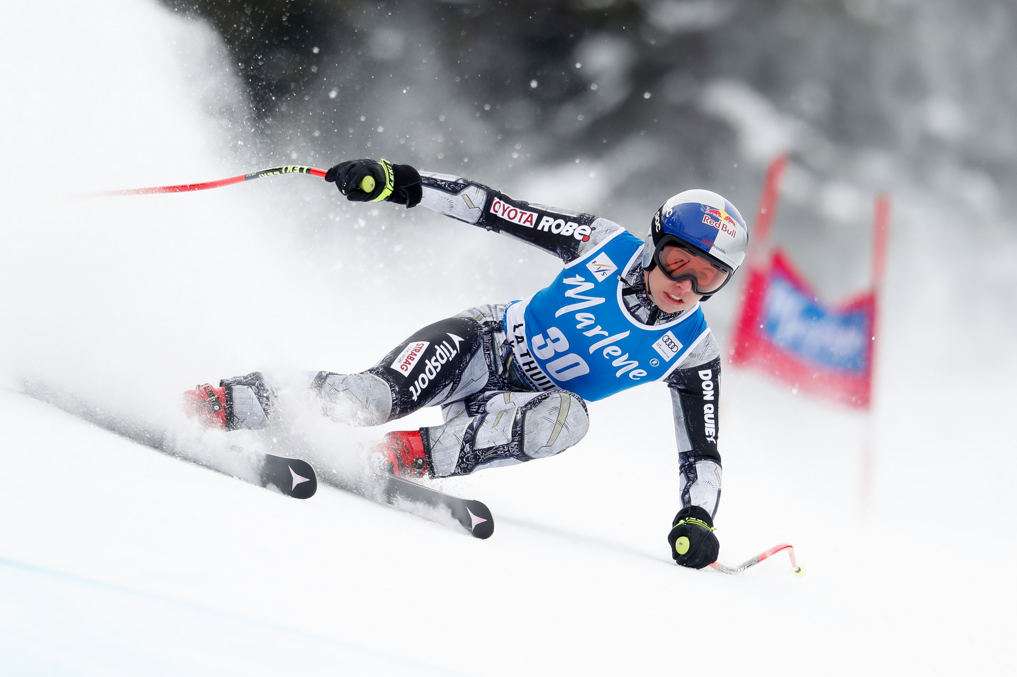 Ledecka named Czech winter sports athlete of the year for fourth time