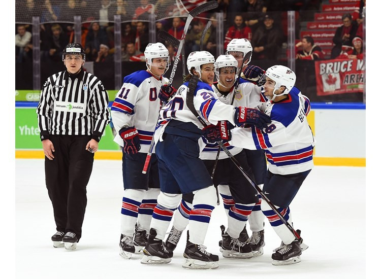Defending champions Canada beaten by United States on opening day of IIHF World Junior Championship