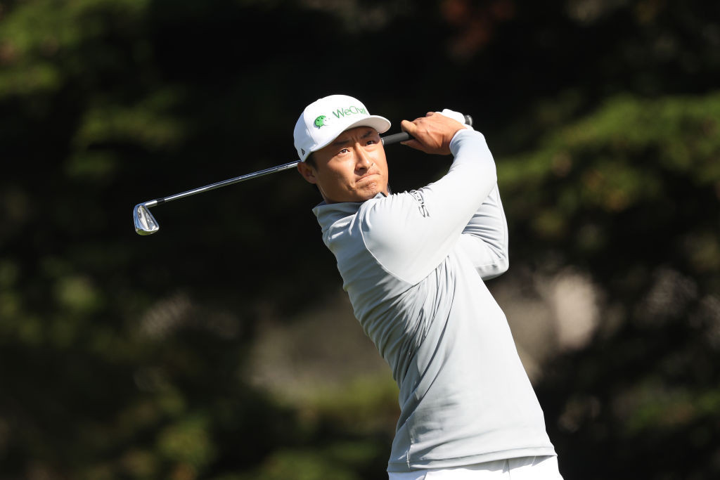 Li takes surprise lead after second round of PGA Championship