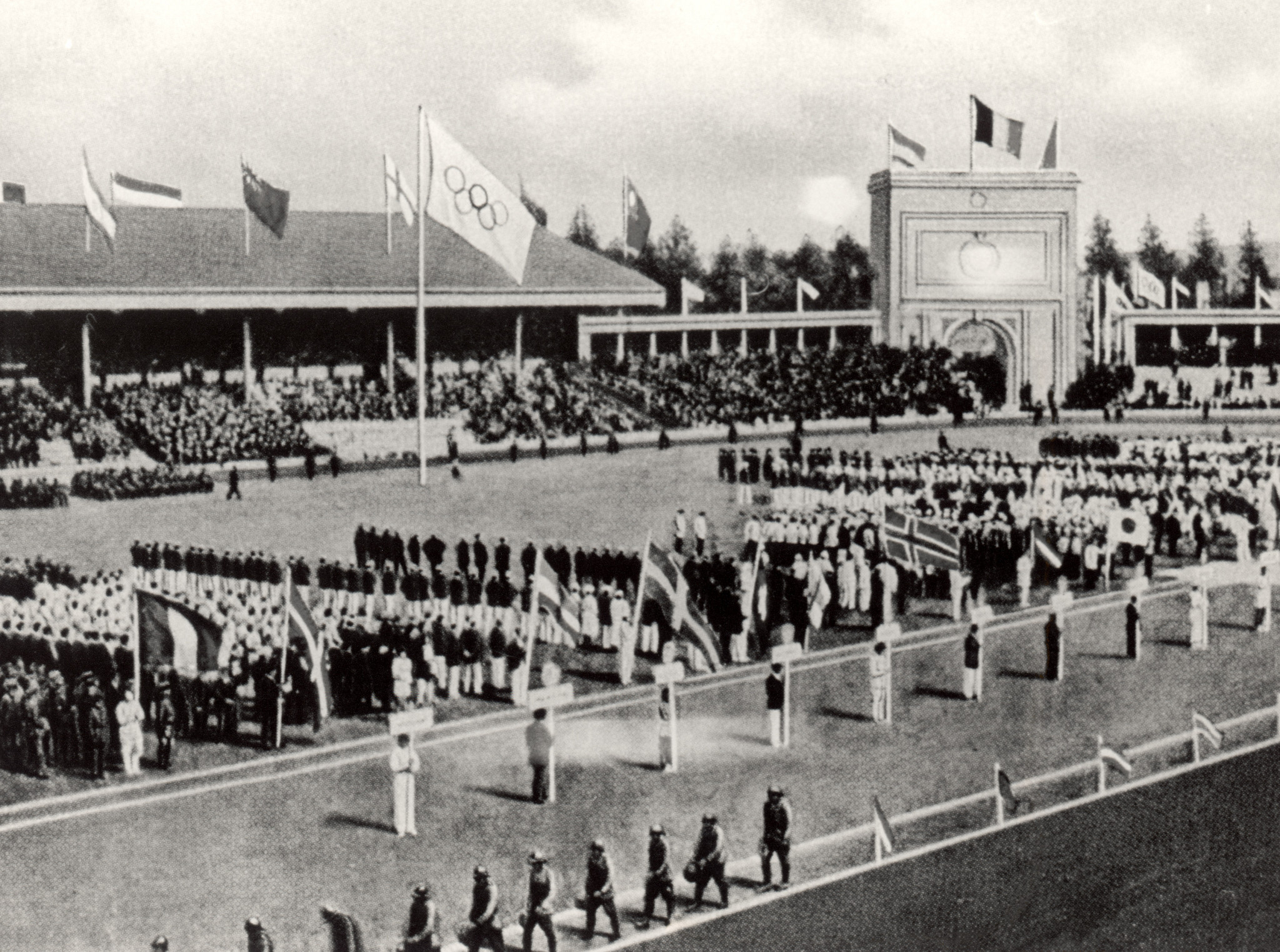The Opening Ceremony of the Antwerp 1920 Games with the Olympic Rings featured for the first time ©Getty Images