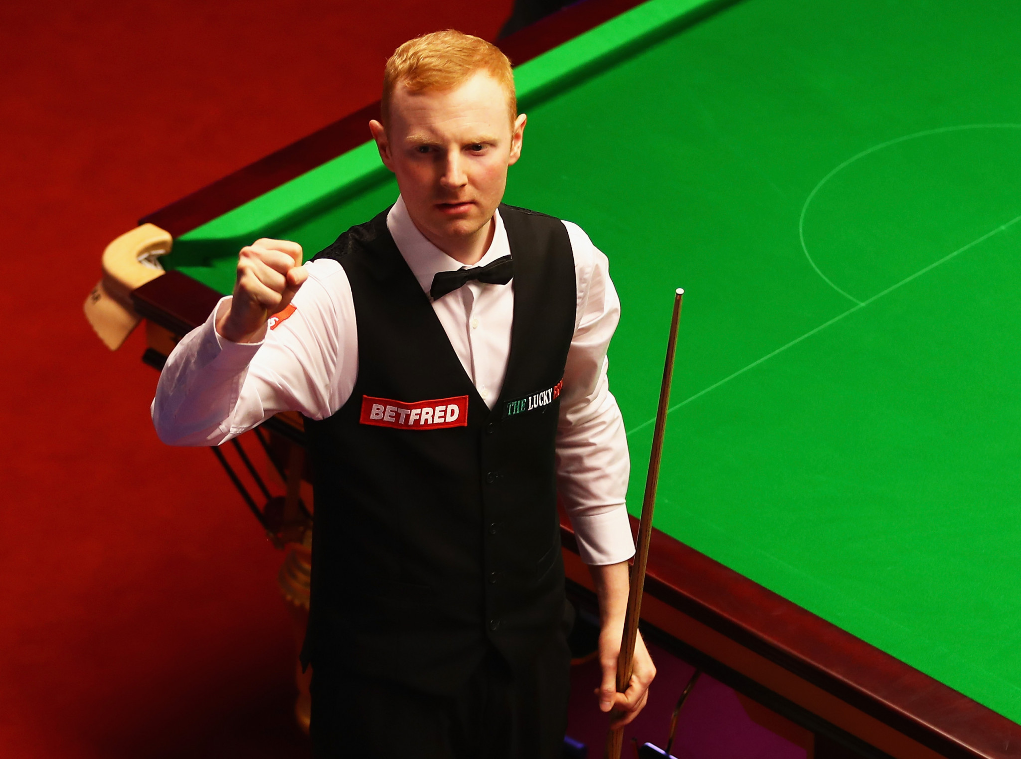 Qualifier McGill recovers from brink of defeat to win dramatic decider at World Snooker Championship