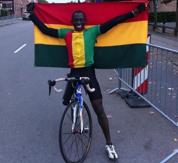 Para-cyclist Mumuni continuing work to help struggling children in native Ghana