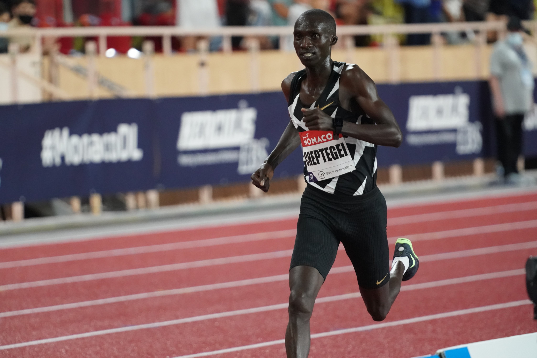 Cheptegei sets world 5,000m record as Wanda Diamond League opens in epic style in Monaco