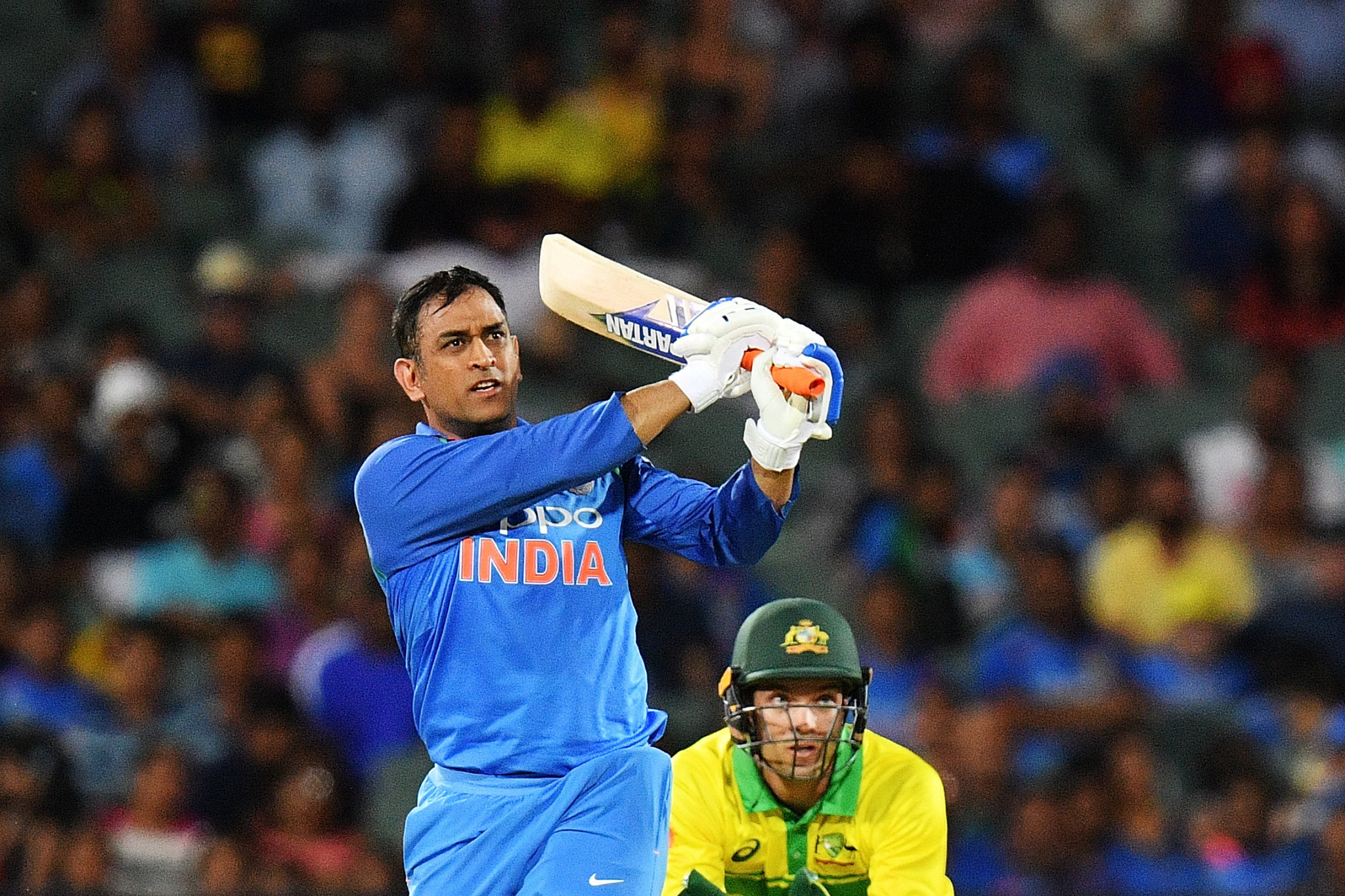 India legend and World Cup winner Dhoni retires from international cricket