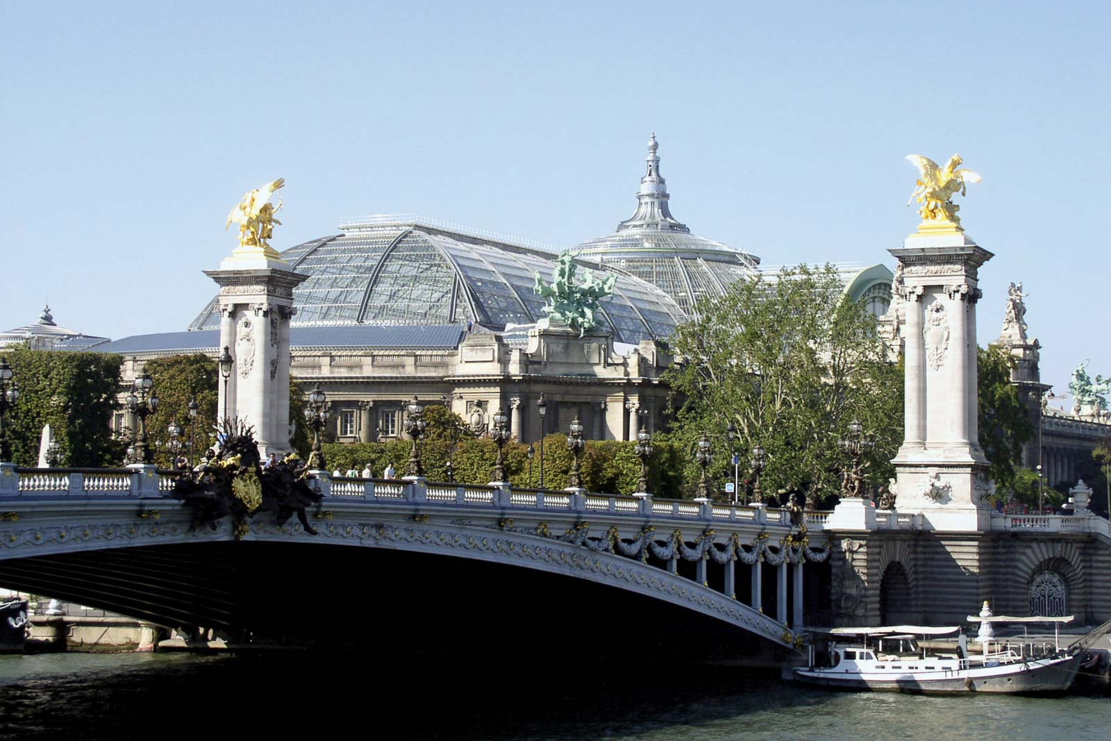 Paris 2024 still plan to use iconic Grand Palais as doubts emerge over renovation plans
