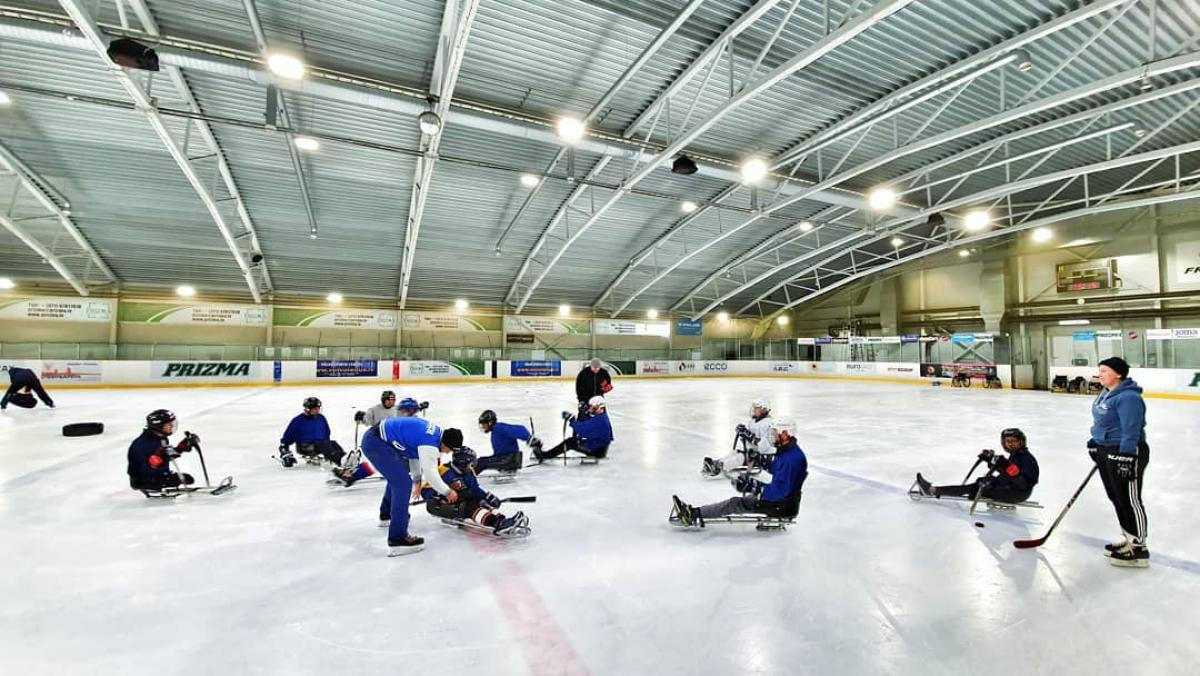 Latvian Para ice hockey team to resume training next month