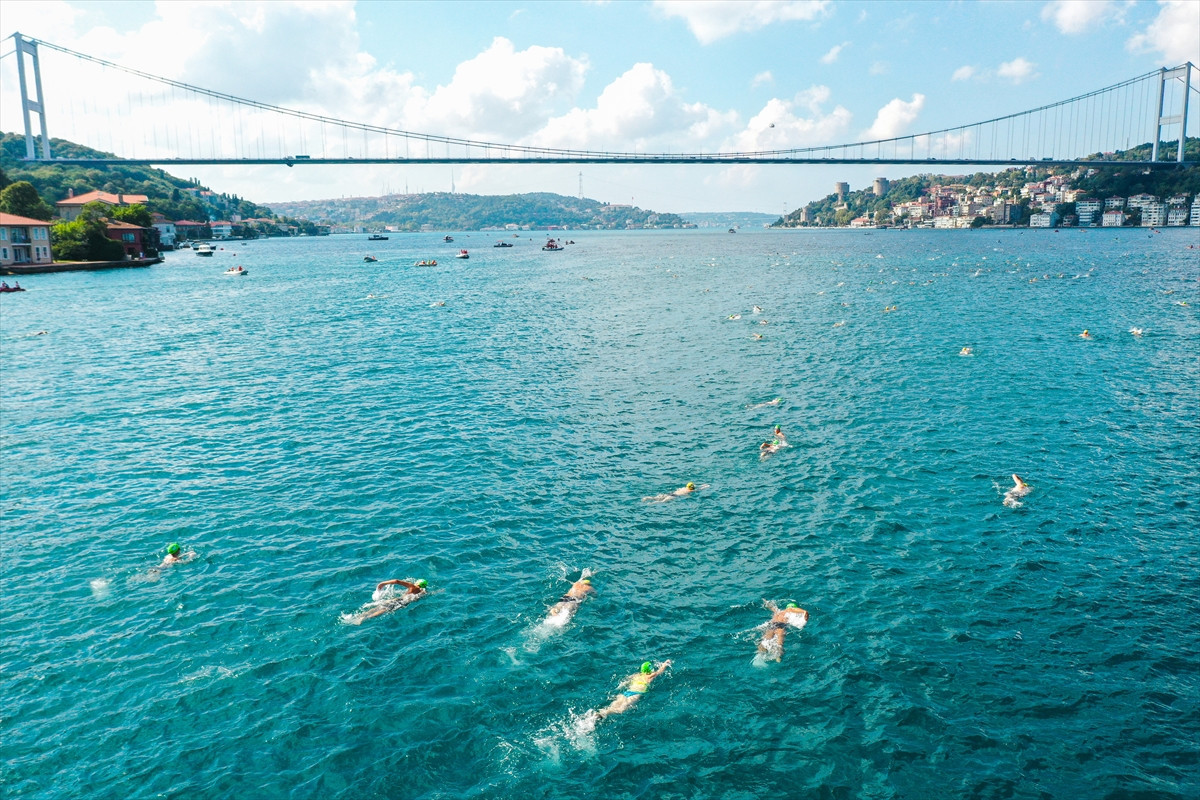 Turkish Olympic Committee successfully organise Bosphorus Cross-Continental Swimming Race