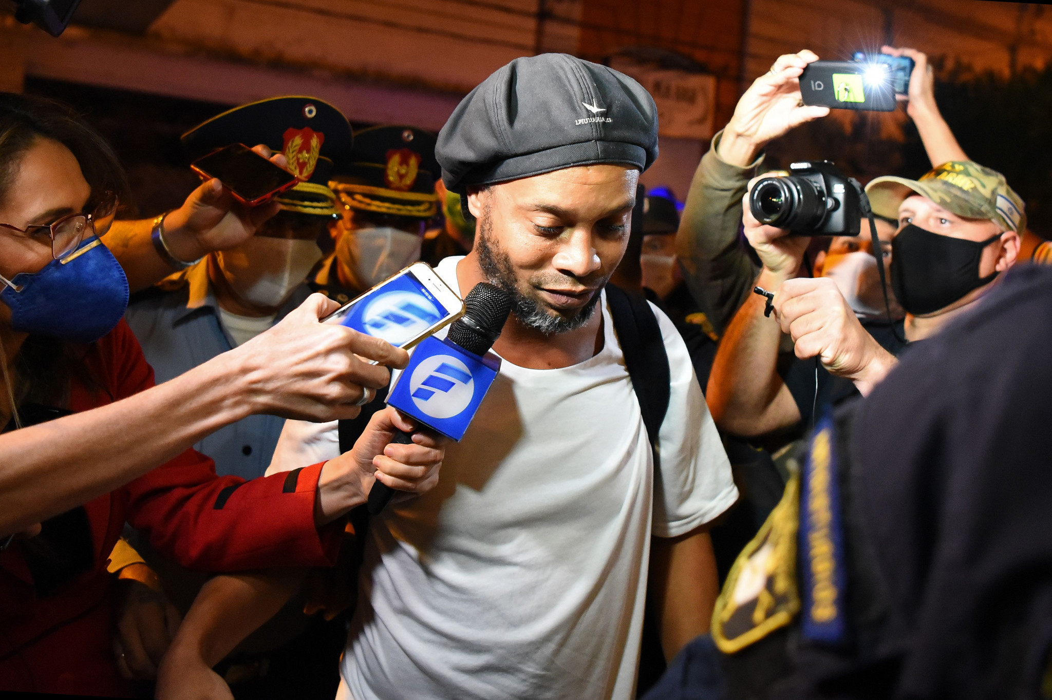 Ronaldinho released from house arrest after alleged fake passport entry into Paraguay