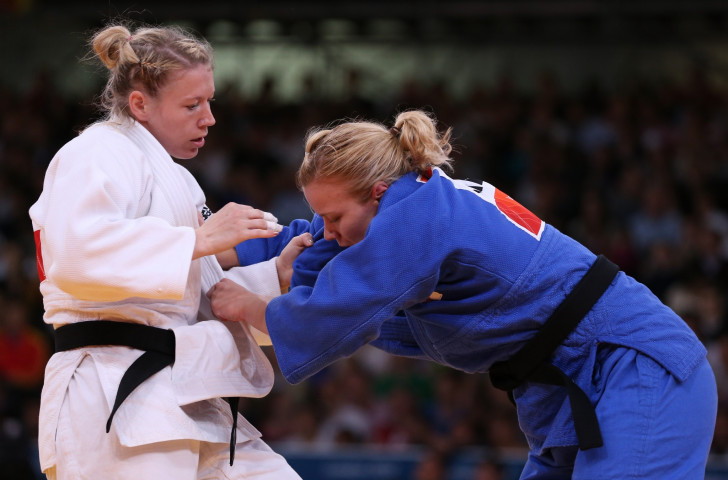 Moira De Villiers (right) is among New Zealand's main medal hopes