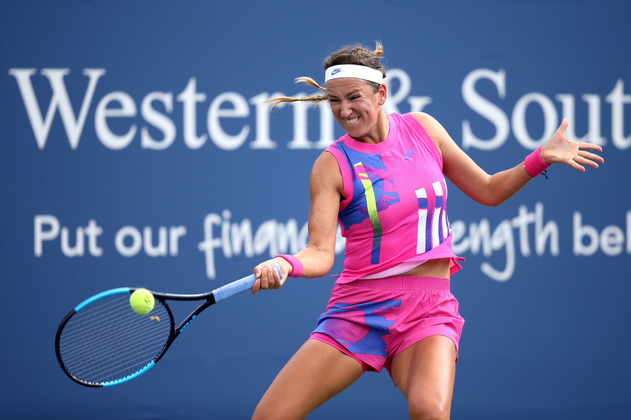 Victoria Azarenka won the women's Cincinnati Masters by walkover after her scheduled opponent Naomi Osaka withdrew ©Getty Images