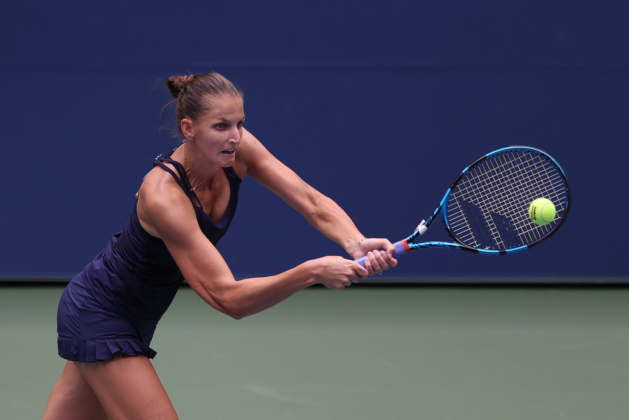 Women's top seed Plíšková records straight-sets win on opening day at US Open