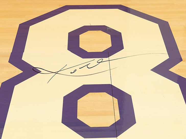 Floor signed by Kobe Bryant after farewell NBA appearance could fetch $500,000 at auction