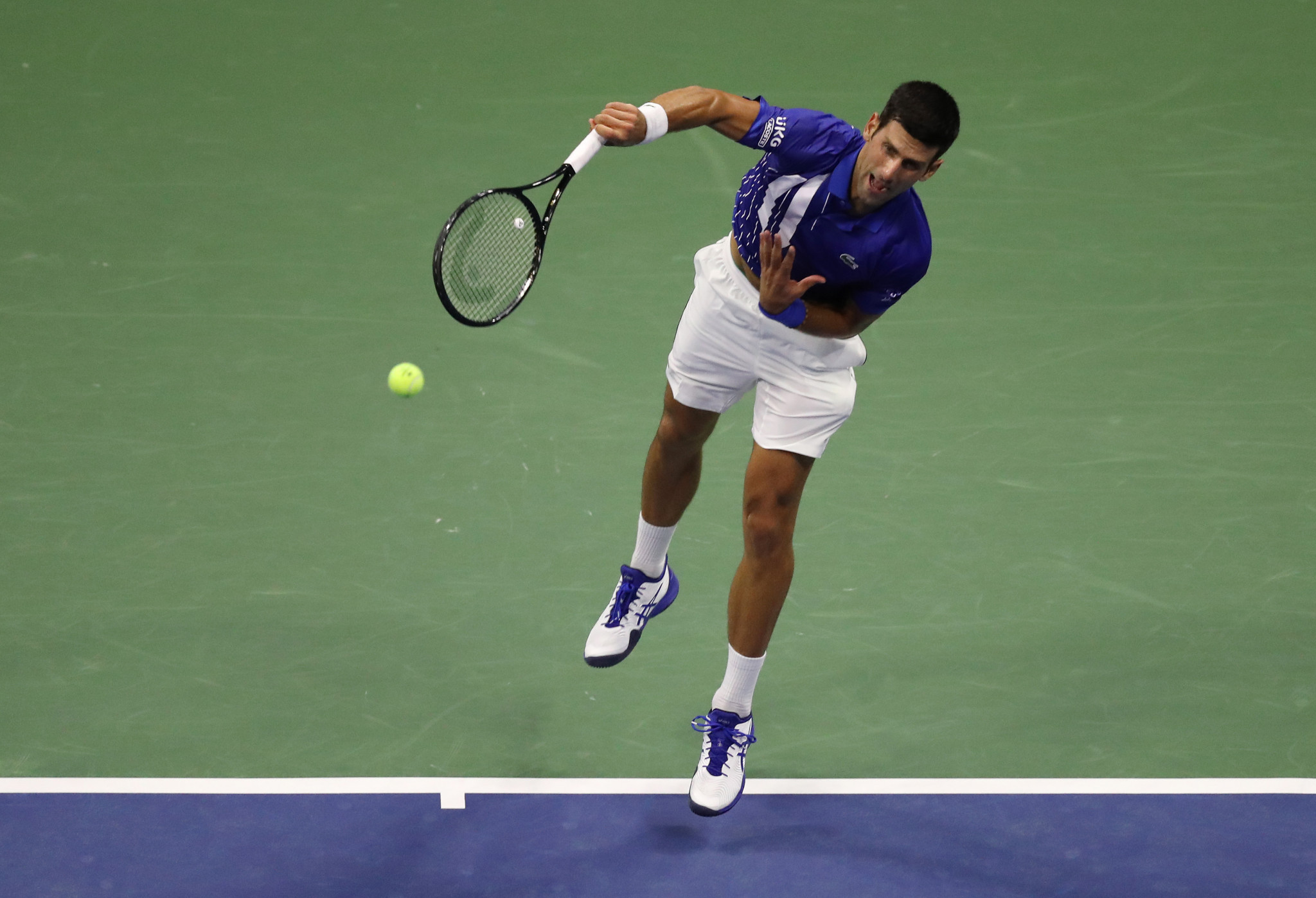 Top seeds reach round two of US Open as second Grand Slam of the year begins