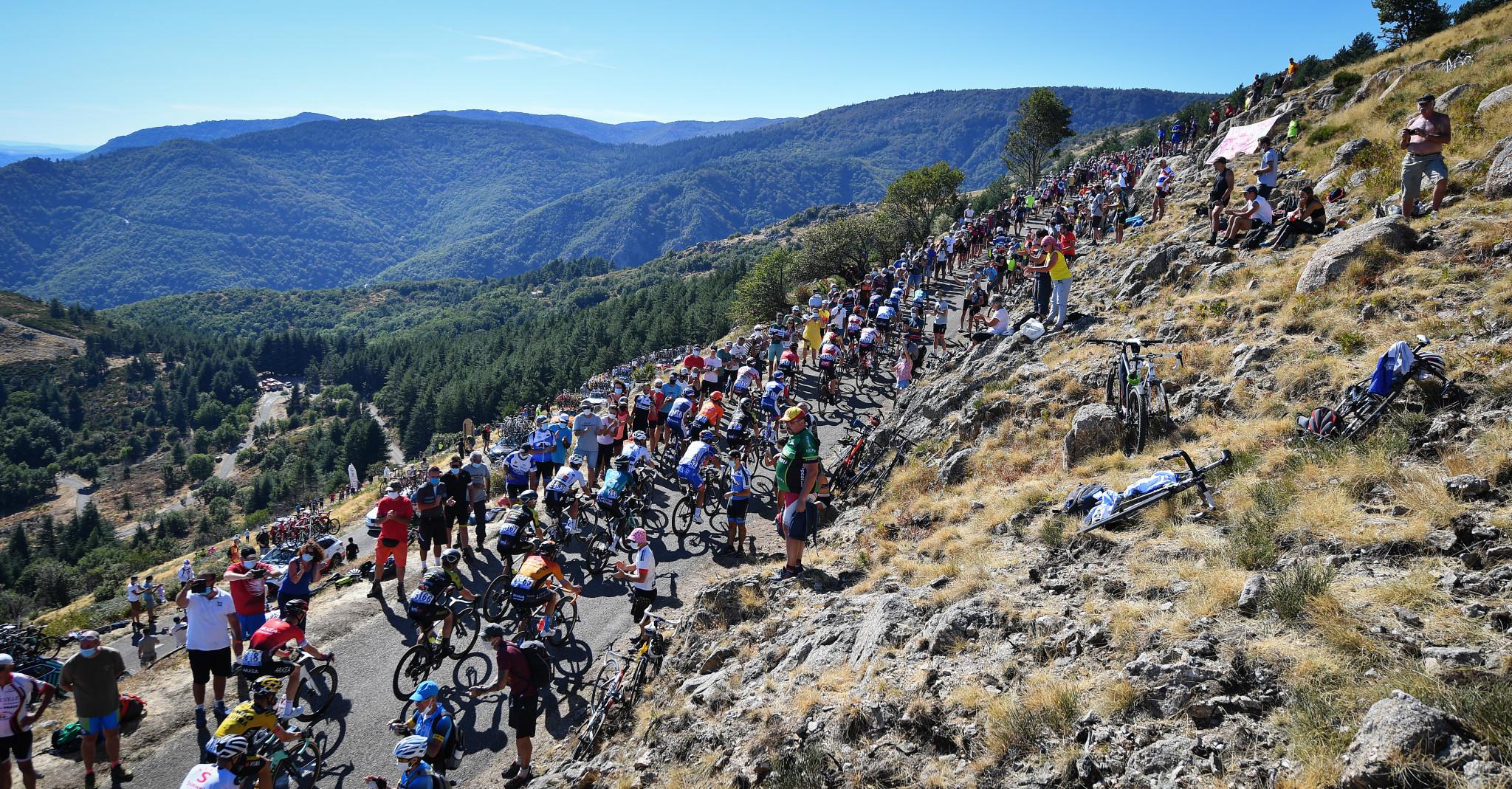Lutsenko delivers first breakaway win of 2020 Tour de France