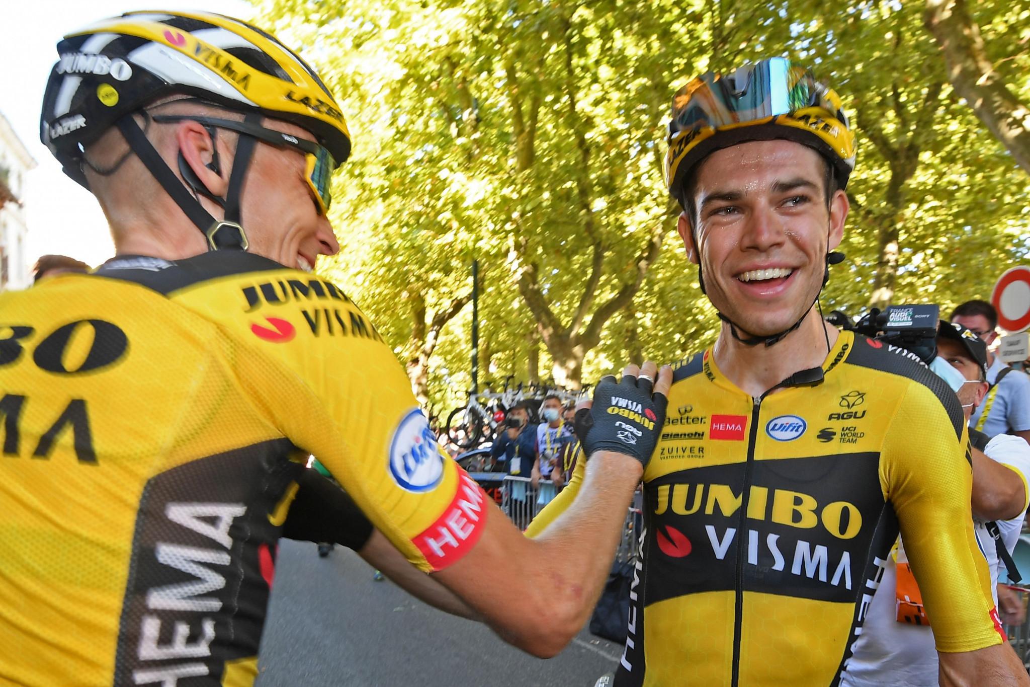 Crosswinds create time splits on seventh stage of Tour de France