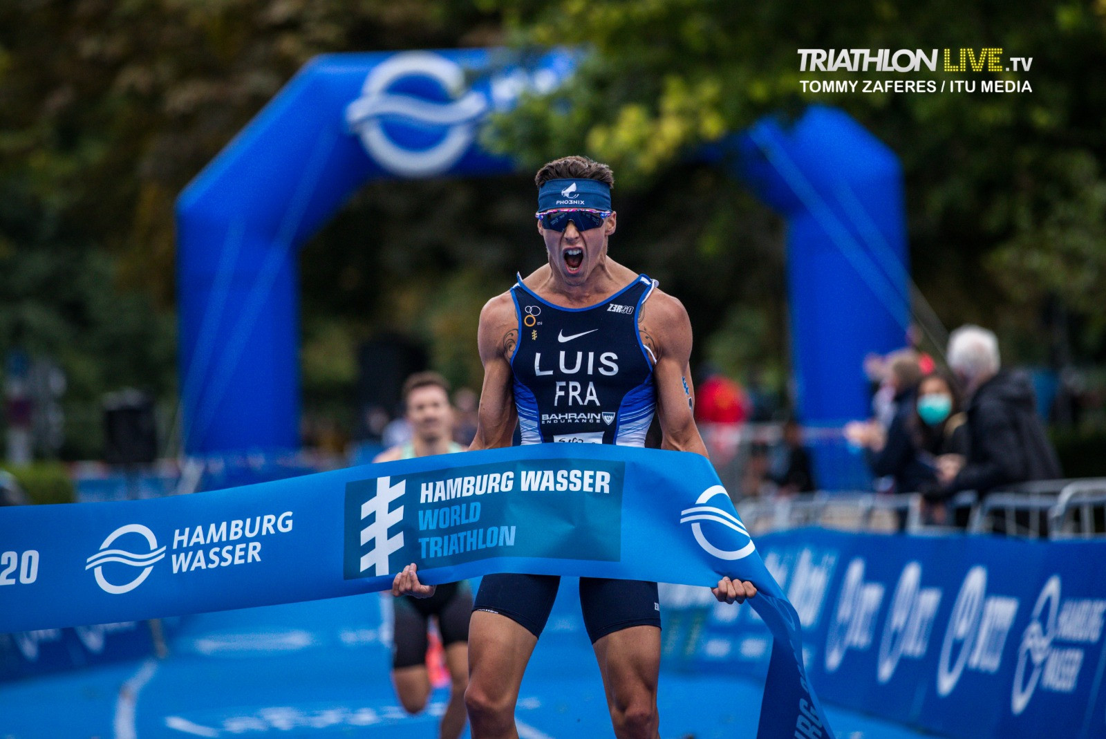 Luis and Taylor-Brown claim triathlon World Championship titles in Hamburg