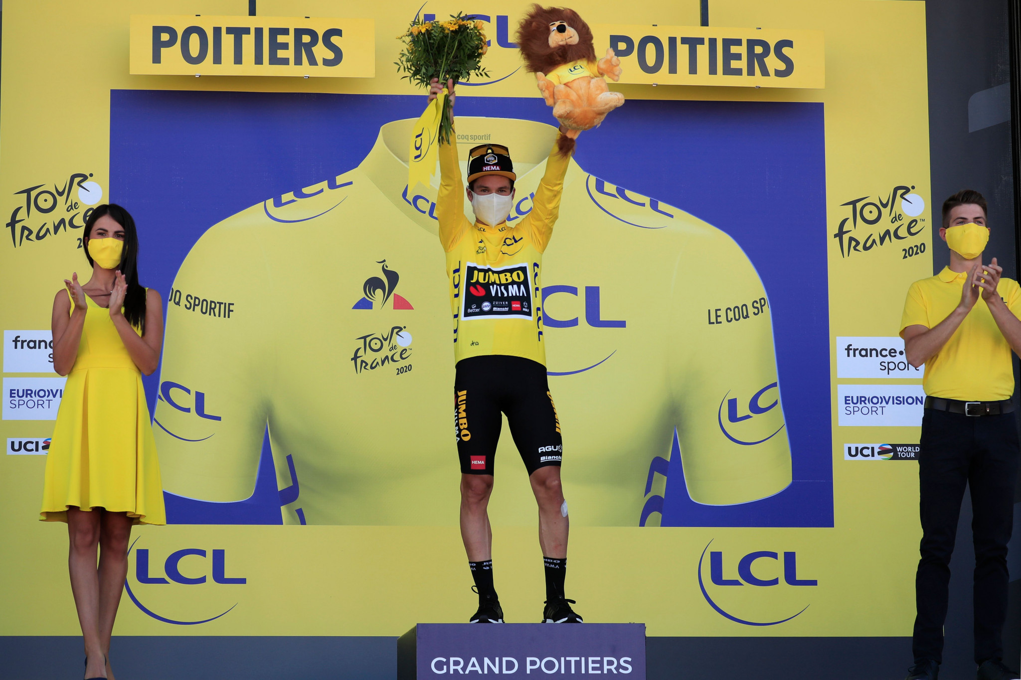 Primož Roglič retained his yellow jersey after a quiet day for the general classification ©Getty Images