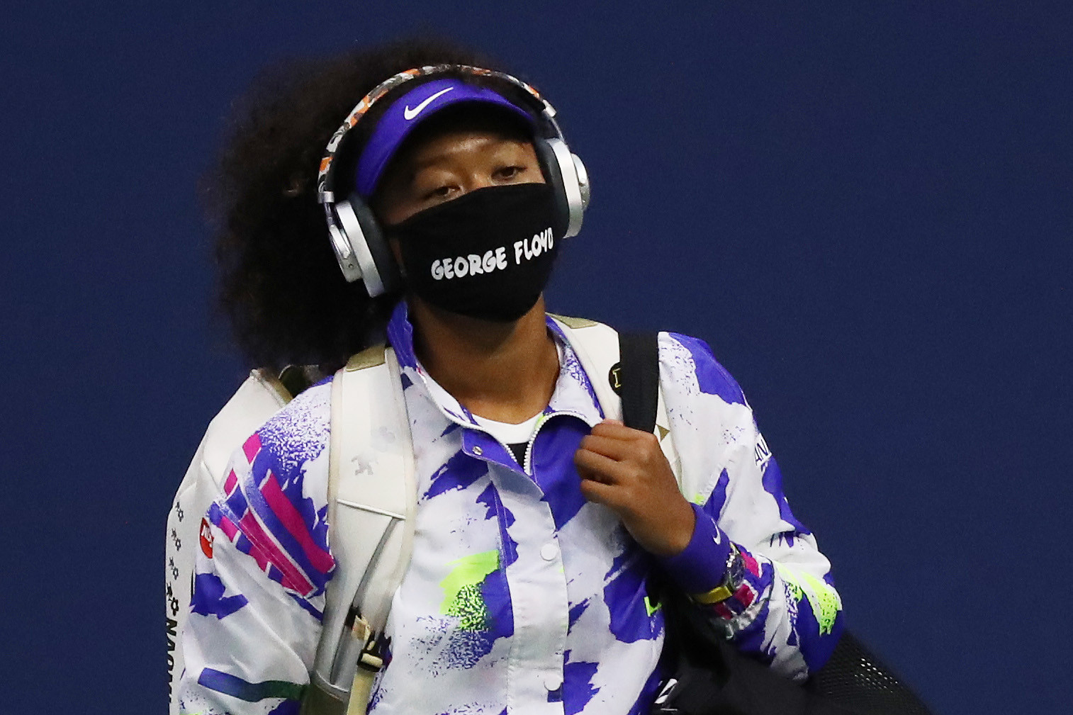 Naomi Osaka wore a mask bearing the name of George Floyd before and after her match with Shelby Rogers ©Getty Images
