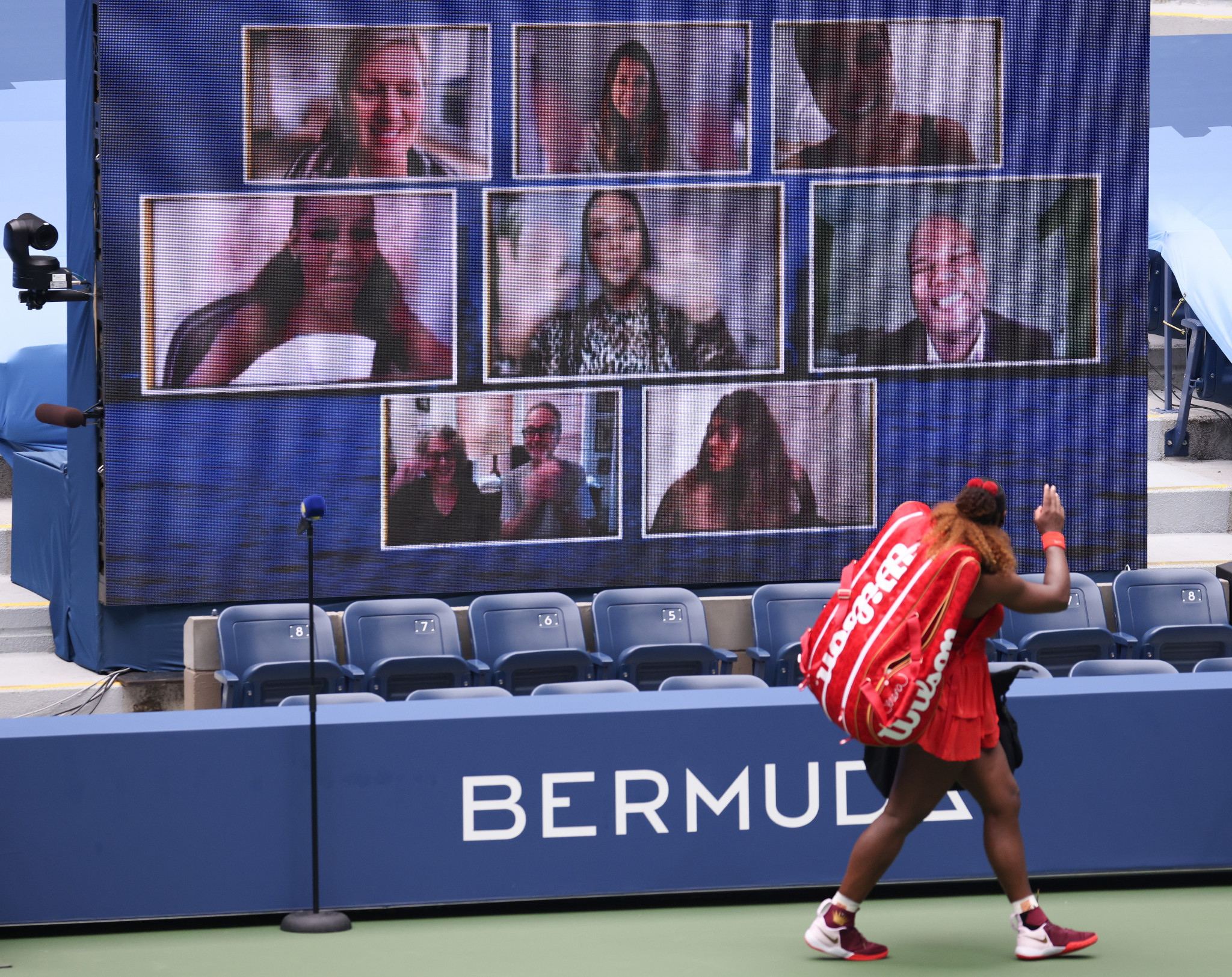 Williams waves to the virtual screen of fans following her quarter-final win ©Getty Images