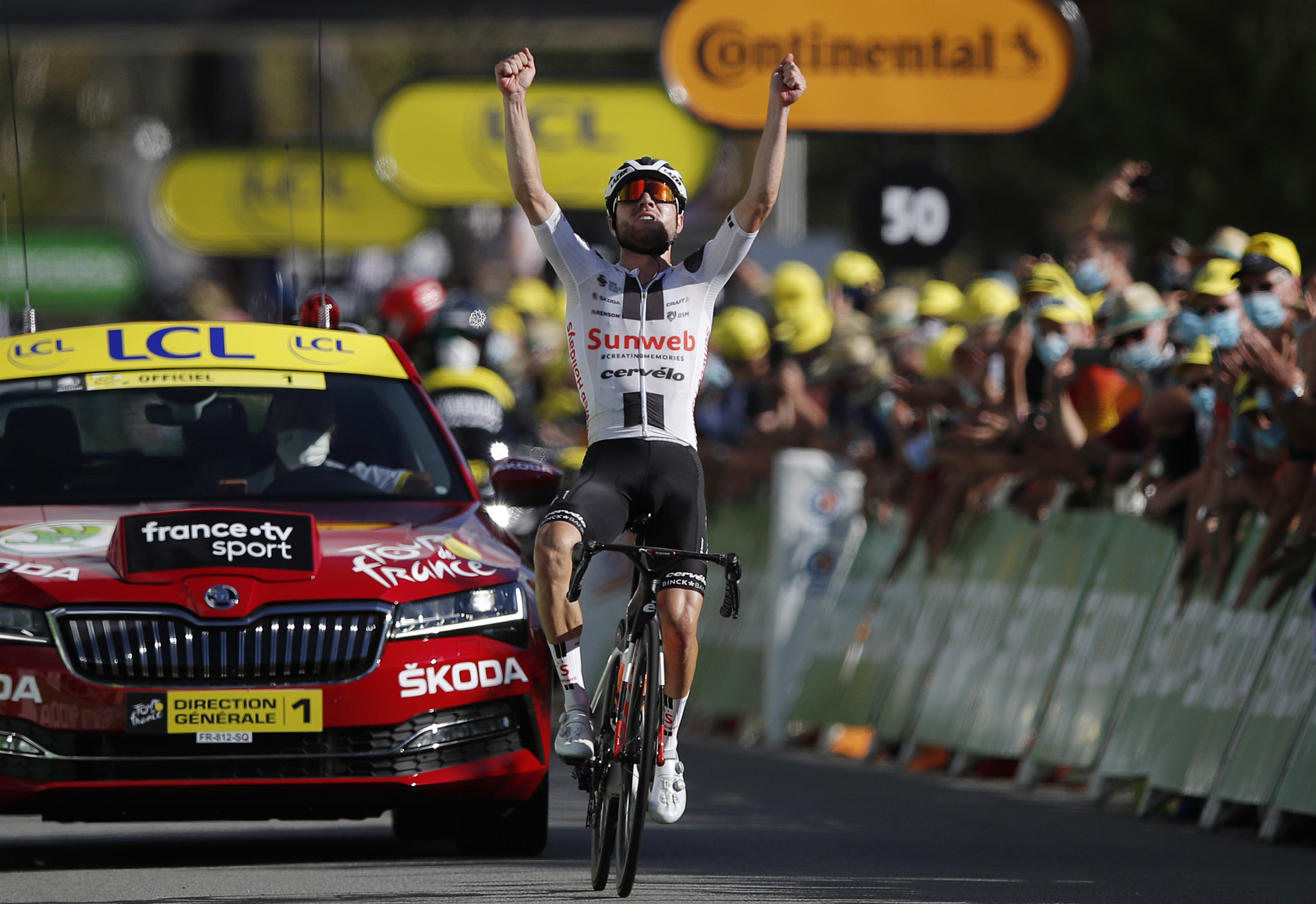 Hirschi makes bold move to take stage 12 of the Tour de France