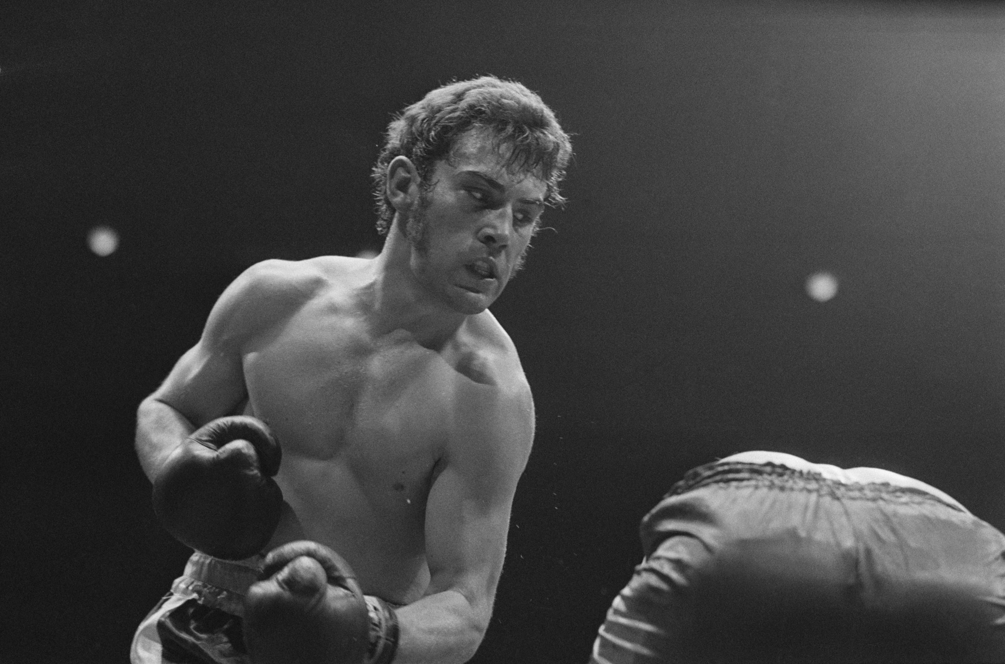 Munich 1972 bronze medallist and former world boxing champion Minter dies aged 69