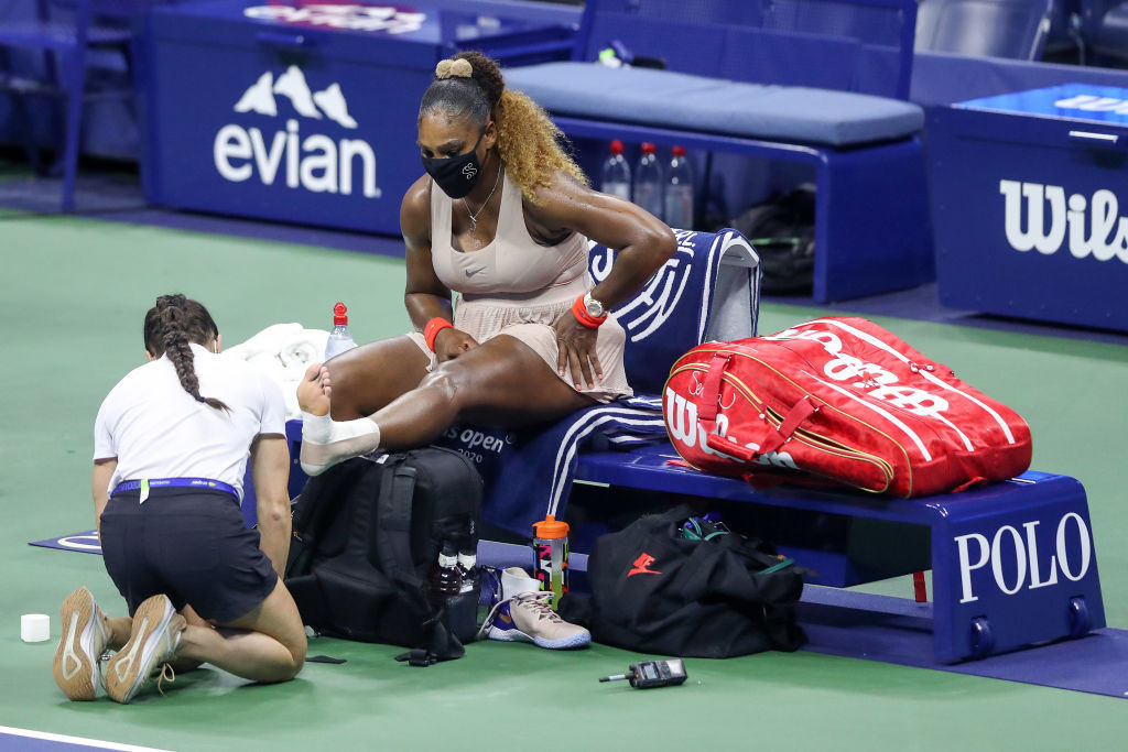 The American needed treatment in the third set and struggled physically afterwards ©Getty Images
