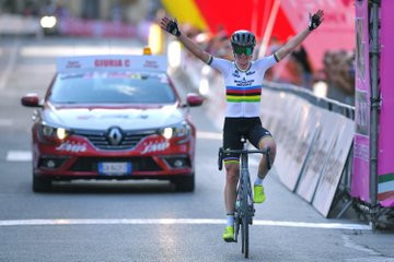 Van Vleuten wins stage two to take overall lead at Giro Rosa