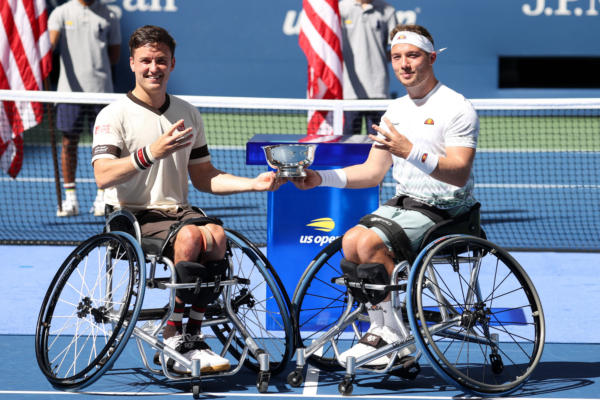 Gordon Reid (left) and Alfie Hewett celebrate success in the men's wheelchair doubles final ©Getty Images