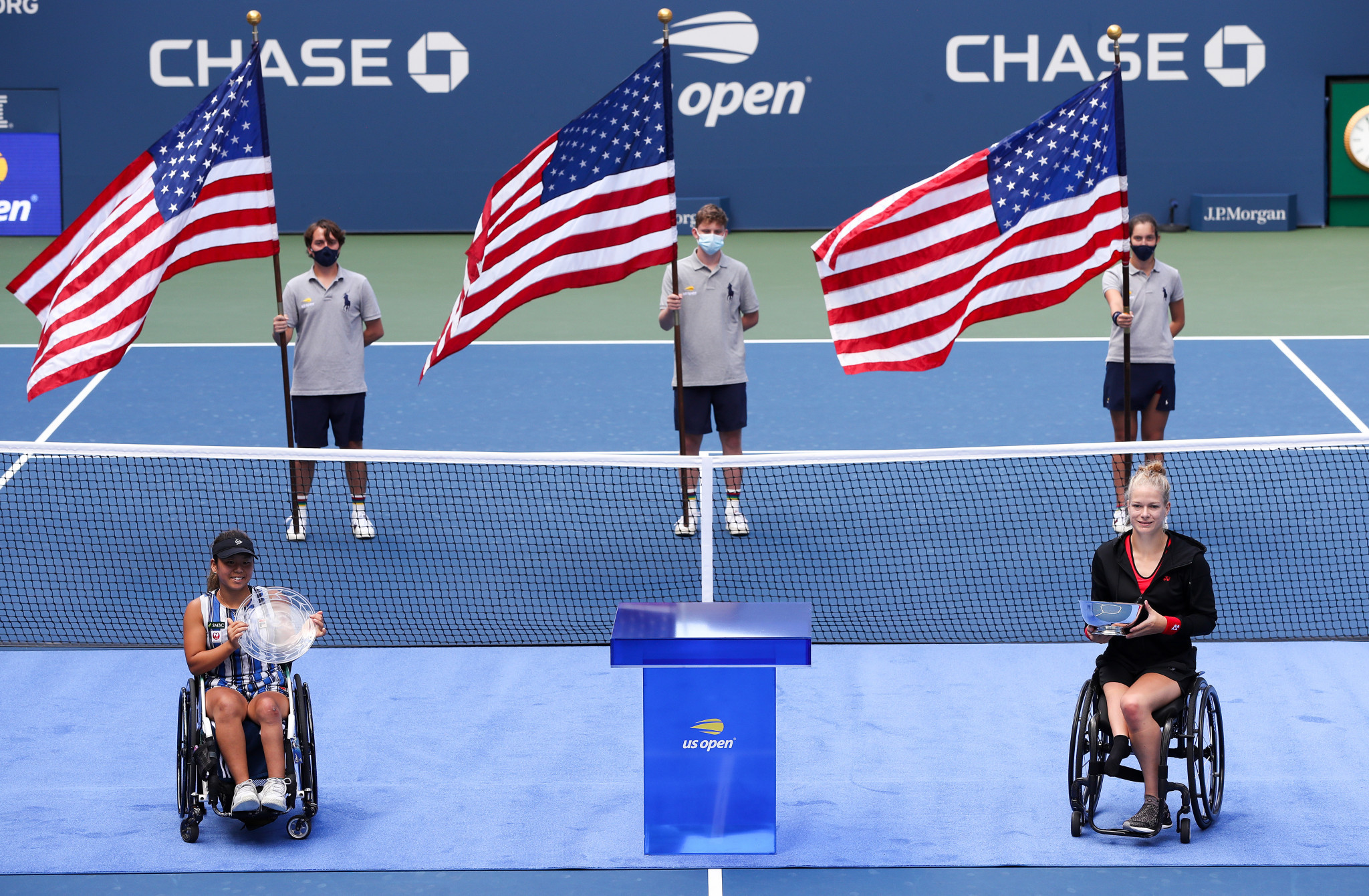 Diede de Groot (right) beat Yui Kamiji in straight sets to win the women's wheelchair singles title ©Getty Images
