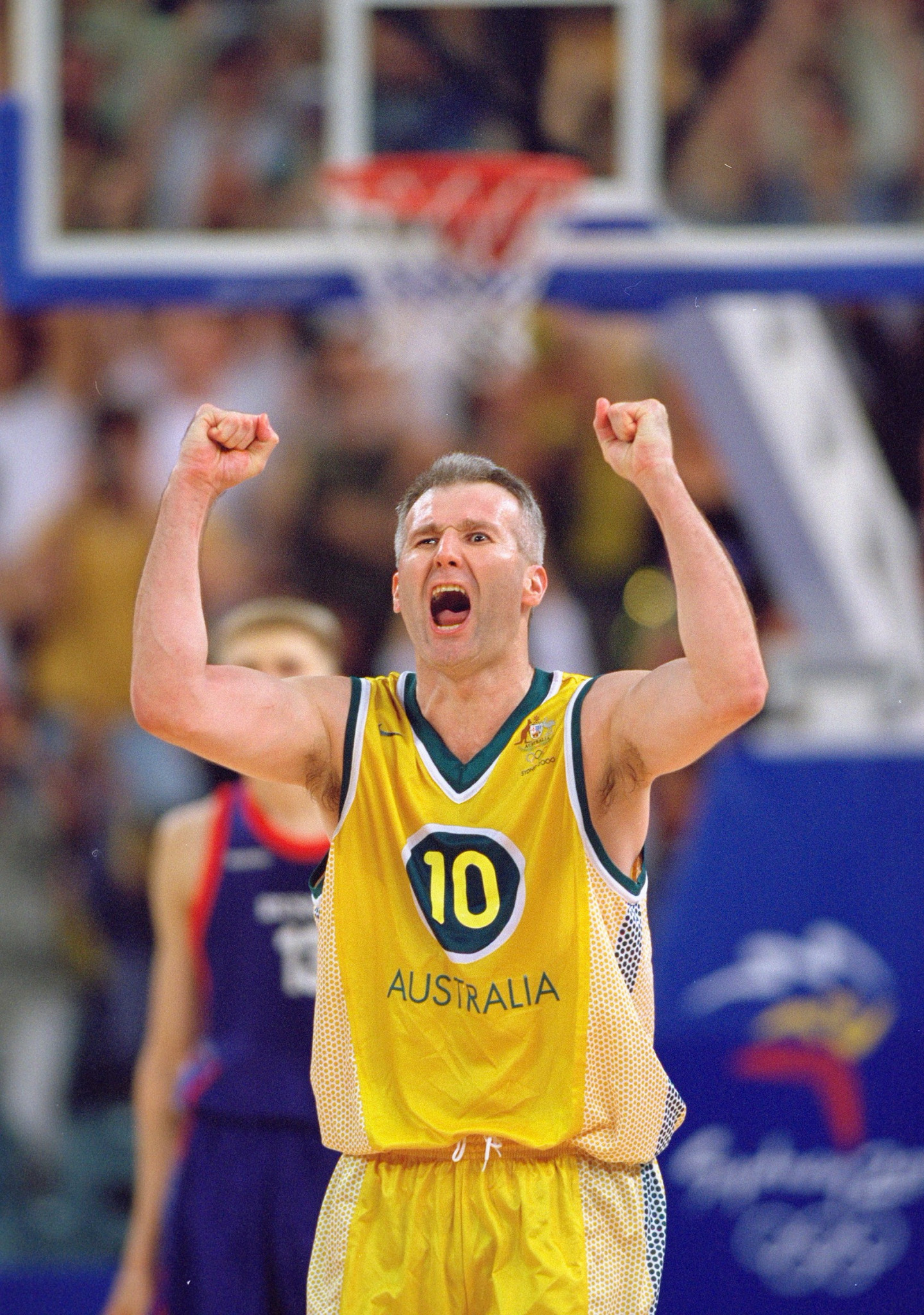 Andrew Gaze playing in his fifth Olympics at Sydney 2000 ©Getty Images