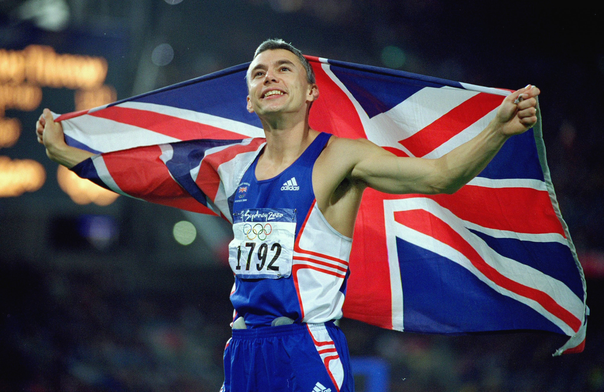 Five years after setting the triple jump world record of 18.29m in winning the world title at Gothenburg, Britain's Jonathan Edwards, at the age of 34, completed his athletics CV with the Olympic title in Sydney ©Getty Images