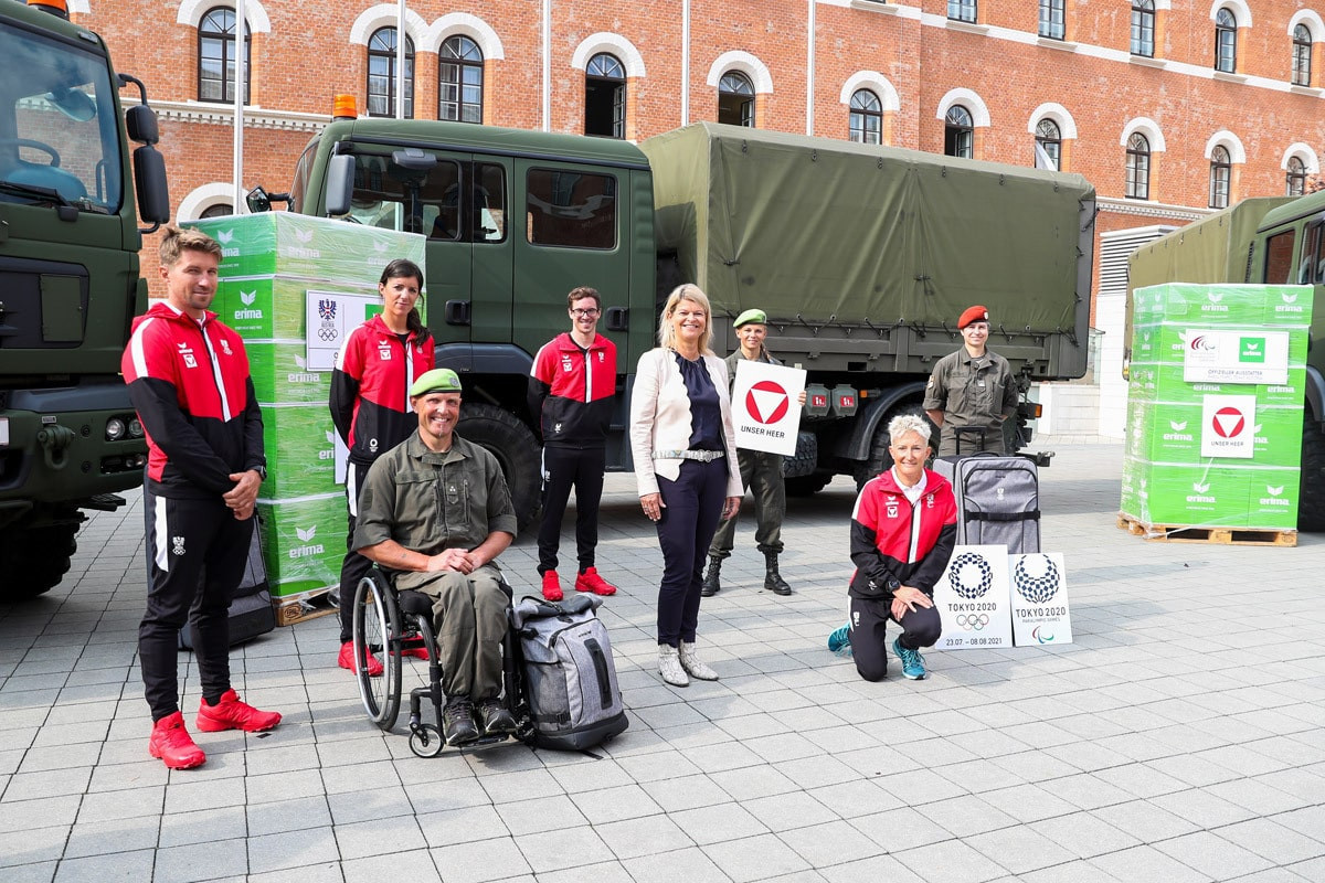 Austrian Paralympic Committee stores Tokyo 2020 uniform with armed forces