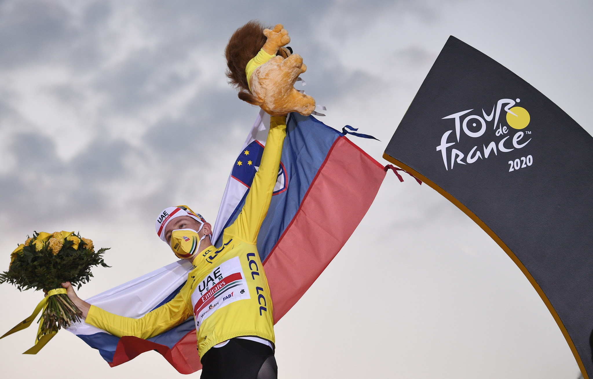Pogačar crowned Tour de France champion as Bennett triumphs on final stage