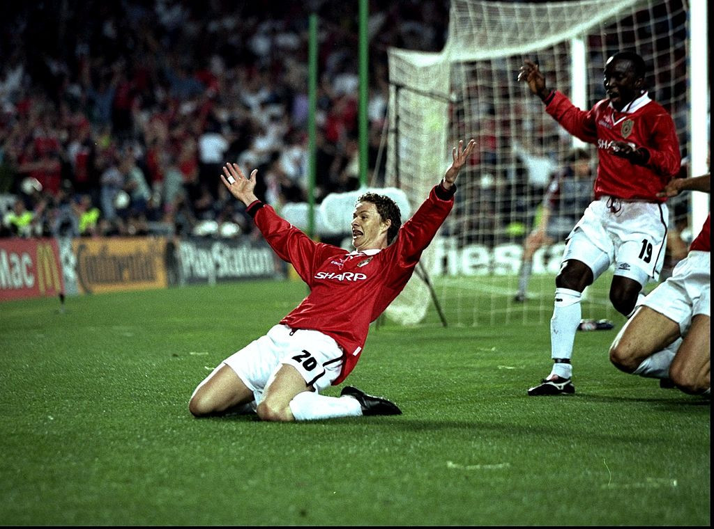 Ole Gunnar Solskjaer celebrates scoring the goal in injury time that earned Manchester United a 2-1 win over Bayern Munich in the 1999 Champions League final ©Getty Images