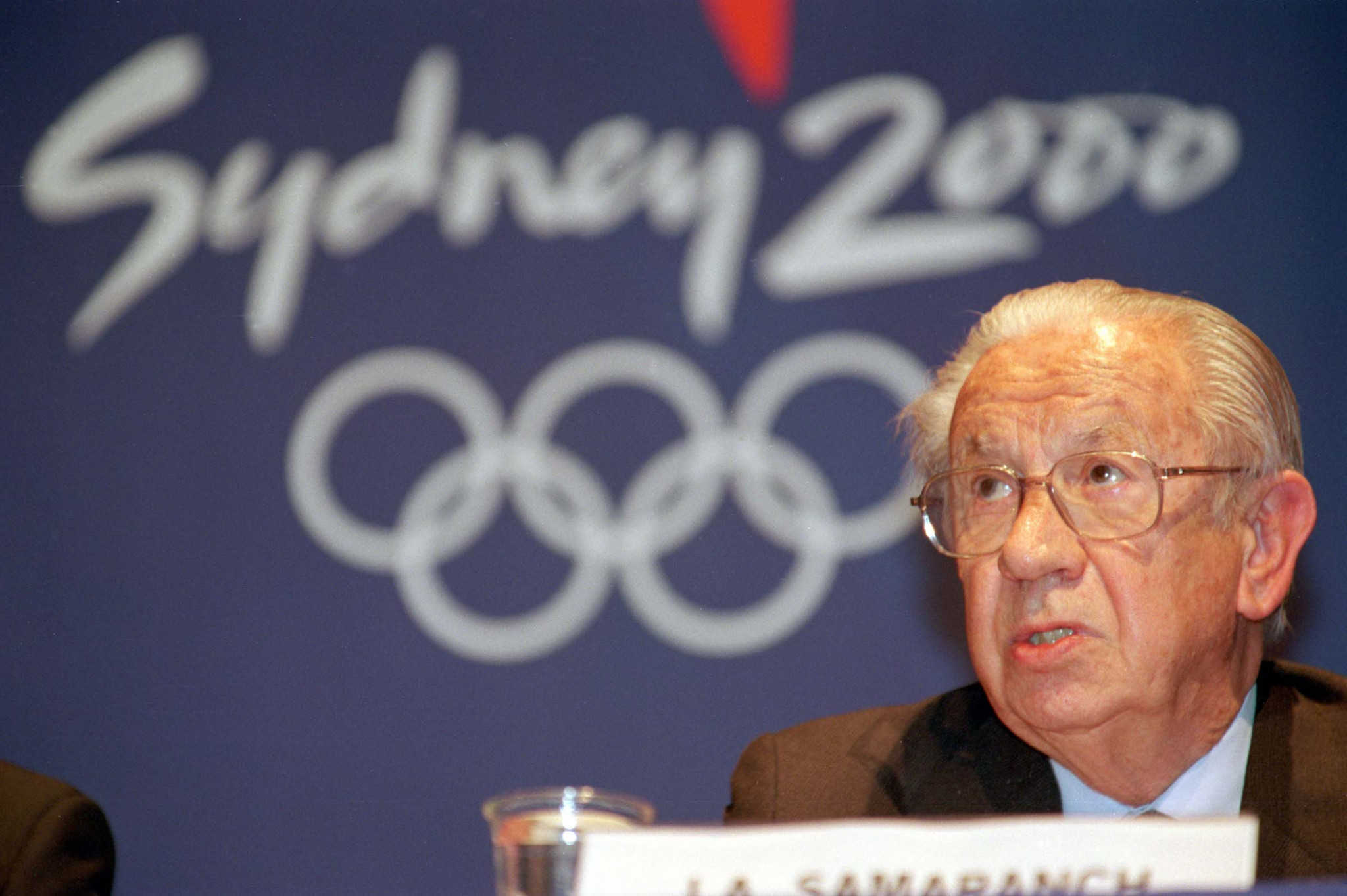 """Juan Antonio Samaranch, IOC President during Sydney 2000, spoke at the time of his """"delight"""" that athletes from East Tibor were able to experience Olympic competition ©Getty Images"""